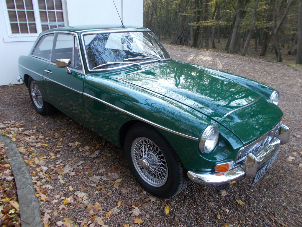MGC GT 1968 British Racing Green £10k Restoration