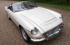 MGC Roadster  1968 Older Restoration (PKH529F)