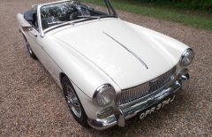 MG Midget 1968 Old English White 1275cc (OPR374J)