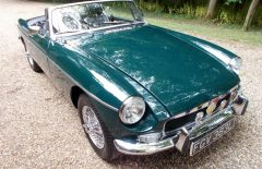 MGB Roadster 1972 Older restored BRG coachwork (FGV383L)