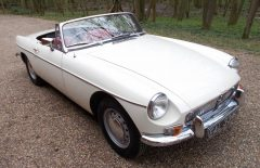 MGB Roadster 1965 Rebuilt on Heritage Shell (EAL334C)