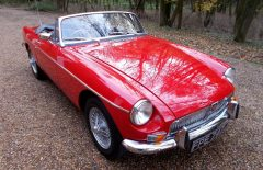 MGB Roadster AUTOMATIC 1971 Heritage Shell Rebuild (FPE747J)